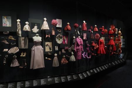 Dior V A Exhibition Scenography C Adrien Dirand 5
