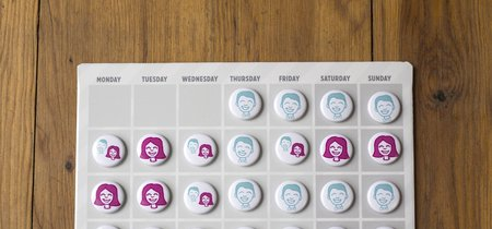 Una madre divorciada crea un calendario de custodia compartida para ayudar a los niños de padres separados