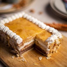 Receta de tarta San Marcos, así se hace este clásico de la repostería española (con vídeo incluido)