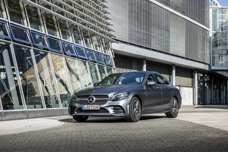 Foto de Mercedes-Benz C 300 de (21/44)