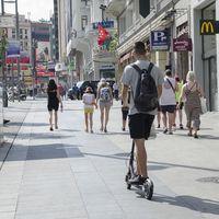 Los cursos para patinetes eléctricos llegan a las autoescuelas, aunque todavía sin una normativa clara