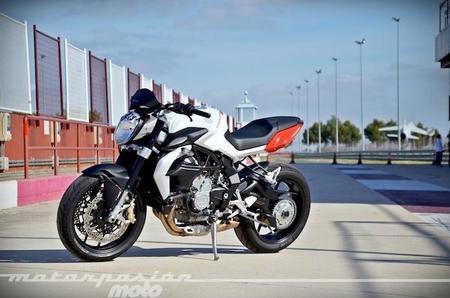 Motorpasión a dos ruedas: Harley Davidson eléctrica, pruebas MV Agusta Brutale 800 y Honda PCX 125