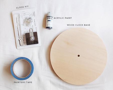 Reloj de madera hecho a mano
