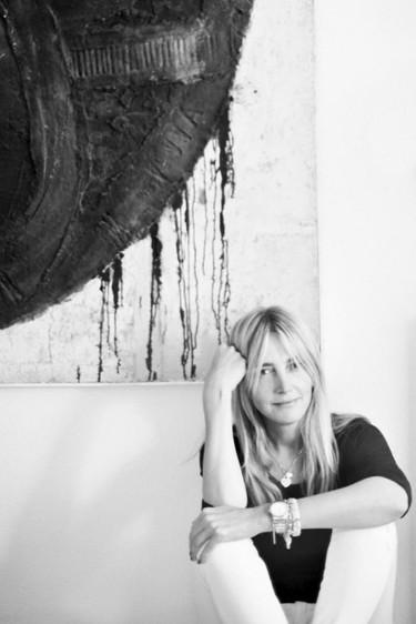 """Entrevista con Julia Martínez, jefa de estilismo de Telva: """"La moda es un trabajo muy serio y tendríamos que tomárnoslo como tal"""""""