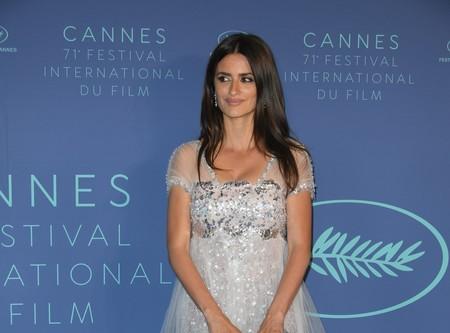 ¿Alta Costura o total black? Penélope Cruz acierta por partida doble en el Festival de Cannes 2018