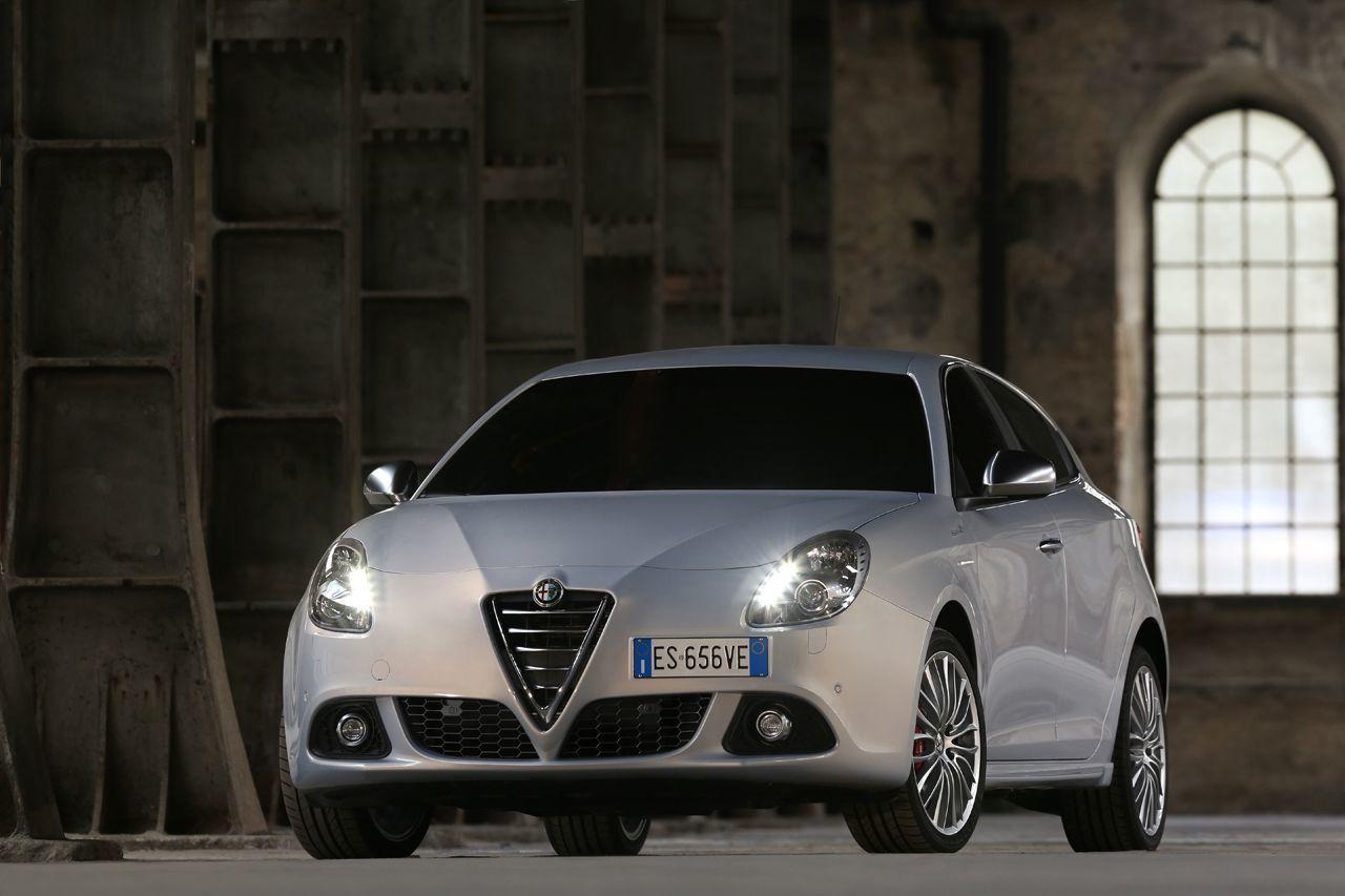 Foto de Alfa Romeo Giulietta 2014 (34/38)