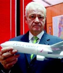 Air Madrid suspende su actividad :crónica de una muerte anunciada