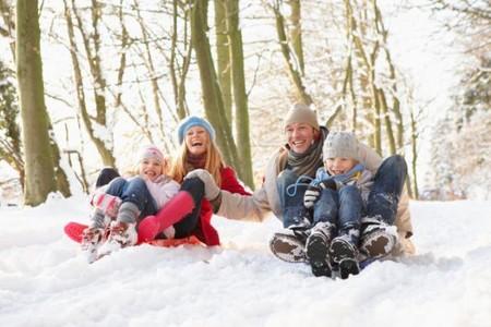 Deportes de nieve con niños: consejos para disfrutar sin riesgos