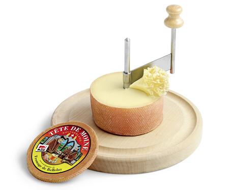 Platos fríos y calientes con queso Tetê de Moine AOP para quien empieza a comer por los ojos