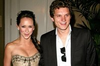 Jennifer Love Hewitt y su nuevo amiguito