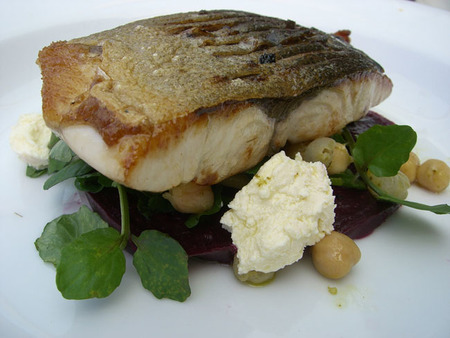 Comer pescado en el embarazo mejorar la capacidad intelectual de los hijos