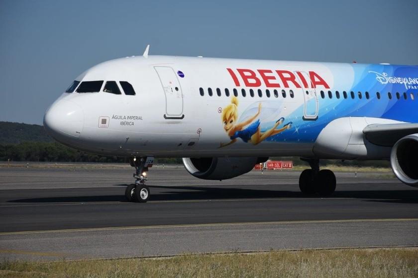 Vuelos desde 25 a 200 euros: las rebajas llegan a los vuelos nacionales y trasatlánticos de Iberia