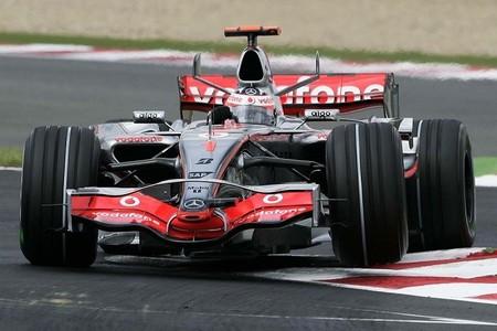 "Fernando Alonso responde ""no"" al presunto interés de McLaren"