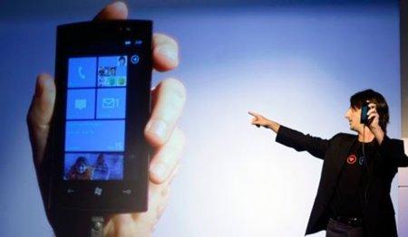 Por ahora no habrá gama baja en Windows Phone 7, Joe Belfiore dixit