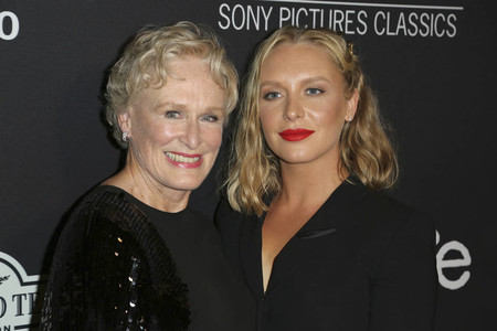 Glenn Close y Annie Starke