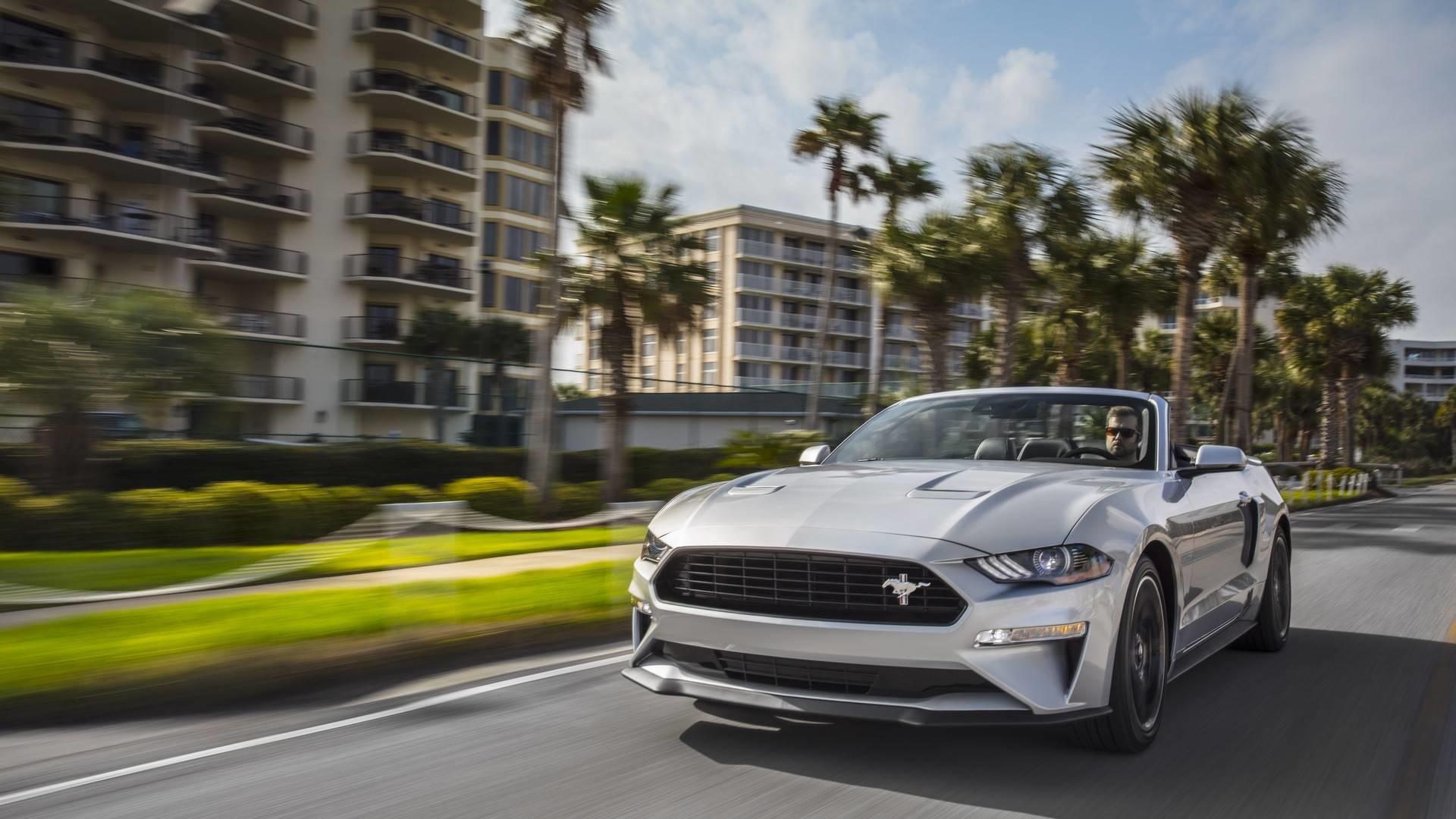 Foto de 2019 Ford Mustang California Special (1/8)