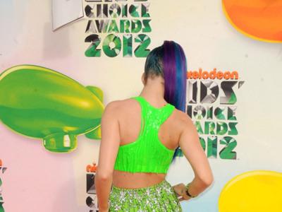 Las peor vestidas de los Kids' Choice Awards 2012: patinazos por exceso o por defecto