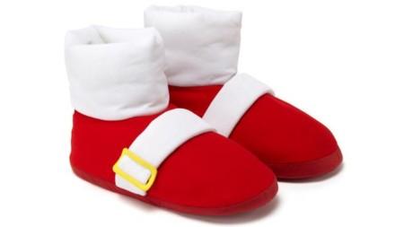 La línea de ropa de Sonic incluye estas Power Sneakers