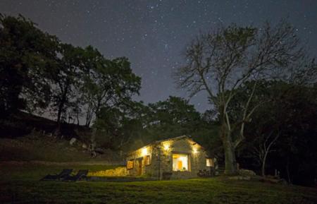 Seguimos soñando vacaciones: aquí están los 6 favoritos para la nueva normalidad en Airbnb