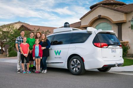 Las pruebas de Waymo llegan a su recta final: así será el primer servicio de taxis autónomos del mundo
