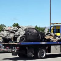 Destrozar un Chevrolet Camaro a más de 300 km/h no tiene precio, especialmente cuando sales ileso