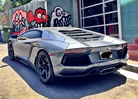 Dolorpasión™: Lamborghini Aventador 'Chris Brown Milka Edition'