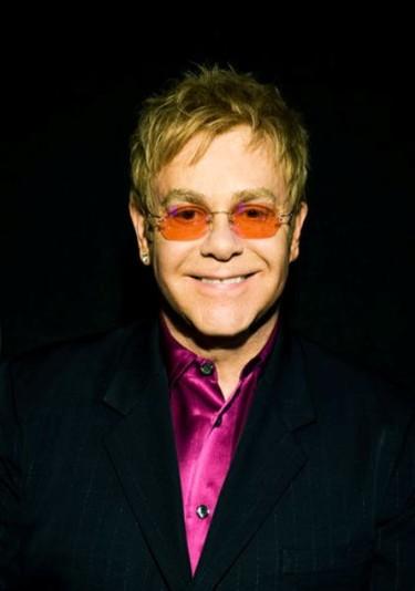 Elton John nos muestra a su segundo churumbel y es un primor