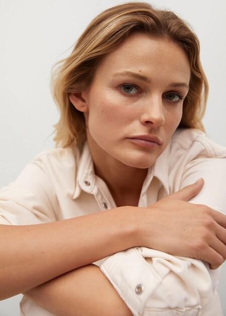 Las toallas desmaquillantes y reutilizables son una gran opción para limpiarnos la piel sin complicaciones y sumarnos al consumo sostenible