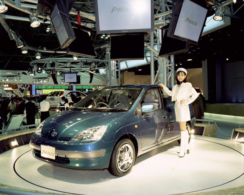 Toyota y su tecnología híbrida: de la calle a Le Mans, y no al revés