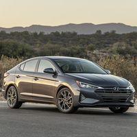 El Hyundai Elantra 2020 renuncia a la transmisión automática en favor de un cambio IVT