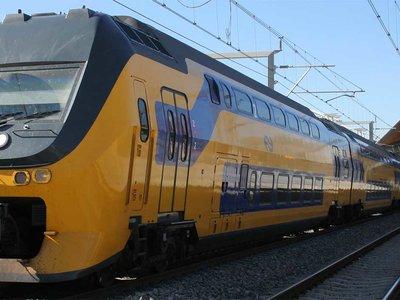En los Países Bajos se anticipan un año y el 100% de sus trenes circula con energía eólica