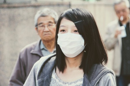 Facebook e Instagram afirman que eliminarán los bulos más peligrosos sobre el coronavirus de Wuhan