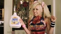 'Lollipop Chainsaw' en un par de nuevos vídeos: gameplay por un lado y spot de detergente con Jessica Nigri por el otro