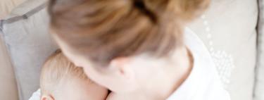 La OMS lo hace oficial: recomienda dar pecho a los bebés mientras reciben las vacunas