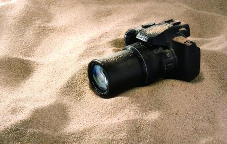 Fujifilm «echa el resto» presentando nada menos que cuatro bridge súper zoom y una cámara de acción