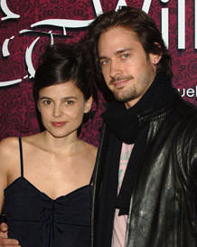 Trailer de 'Miguel y William', con Elena Anaya y Will Kemp