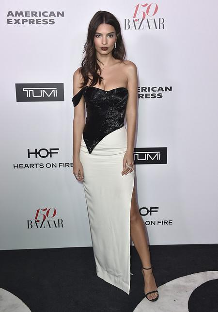Harpers Bazaar Most Fashionable Women Alfombra Roja Looks 2017 10