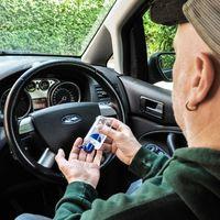 Así podemos evitar la degradación del interior del coche ante el uso de gel desinfectante