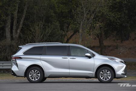 Toyota Sienna 2021 Minivan Hibrida Lanzamiento Mexico 3