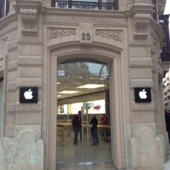 apple-store-calle-colon-valencia