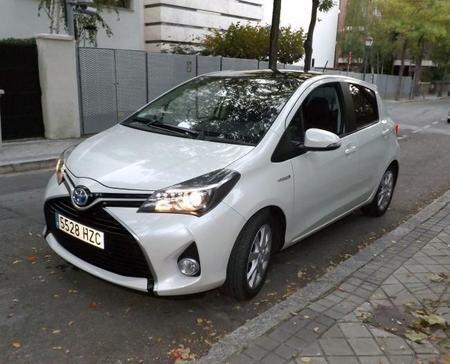 El Toyota Yaris hybrid 2015 a prueba: Interior y experiencia al volante