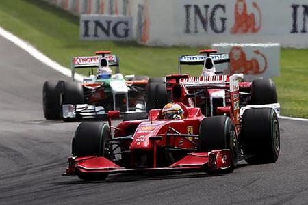 Kimi Raikkonen, Giancarlo Fisichella y Sebastian Vettel, podio <em>made in</em> Spa