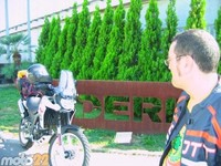 Las vacaciones de Moto 22, Derbi-Cadaqués
