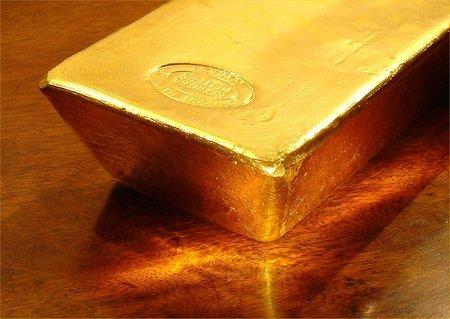 Hay que vender todo el oro español y distribuir los ingresos al pueblo