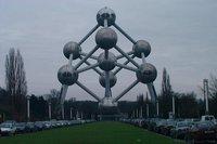 Edificios con mucha ciencia (I): el Atomium Belga