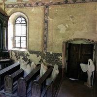 Esta iglesia de la República Checa ha sido salvada por los mismos fantasmas que la condenaron