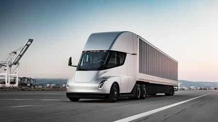 El Tesla Semi ya entrará a producción después de dos años de retraso, según informe: el camión eléctrico más cerca de las calles