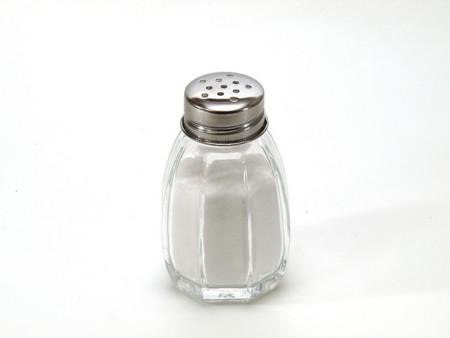 Lo que le pasa a nuestro cuerpo cuando consumimos mucha sal