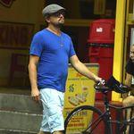 Coldplay le escribe una canción a Leonardo DiCaprio sobre salvar a los shorts cargo de la extinción