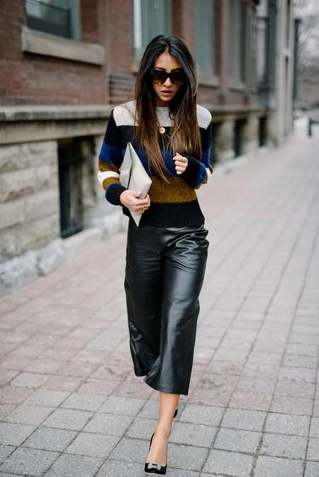 pantalones cuero street style